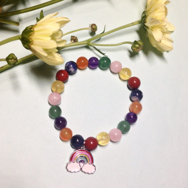 Tri-colour rainbow elastic bracelet with charm